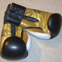 gant noir et or